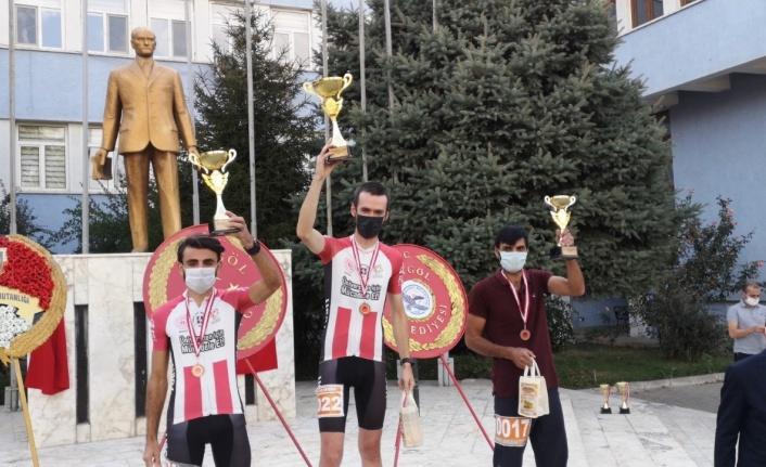 Elazığlı Bisikletçiler Bingöl'de Derece Yaptılar