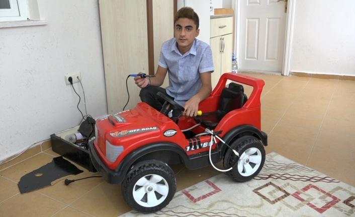 Amca Yeğen, Kendi Kendini Şarj Eden Otomobil Sistemi Geliştirdi