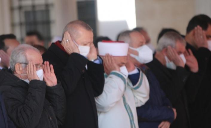 Cumhurbaşkanı Erdoğan, Hafız Abdullah Nazırlı'nın cenaze namazına katıldı