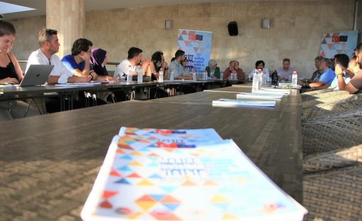Elazığ'da 'Görünmezi Görünür Kıl' Projesi toplantısı