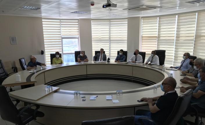 Elazığ'da pandemi ve aşılama konulu istişare toplantısı düzenlendi