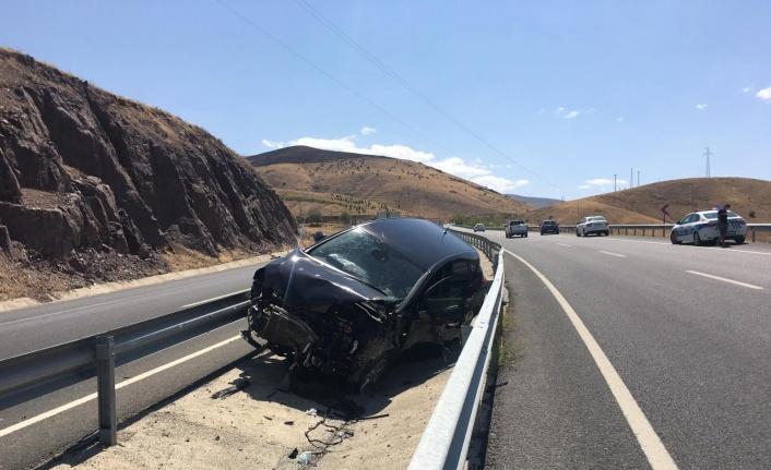 Elazığ'da trafik kazası: 1 ağır yaralı
