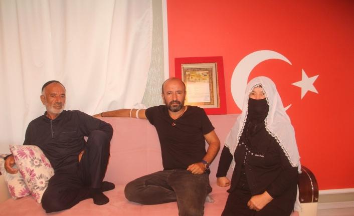 Meral Akşener'in kahvehane ziyaretinde tepki gösteren şehit ağabeyine ailesinden destek
