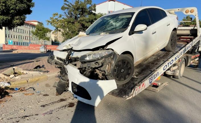 Elazığ'da otomobil yayaya çarptı: 1 yaralı