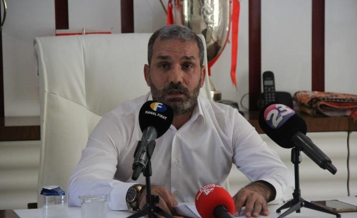 """Elazığspor Başkanı Çayır: """"Gerekirse tüm borcu üstüme alırım, kafama sıkarım yine de kulübü kapattırmam"""""""