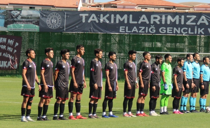 Elazığspor ilk maçında kayıp