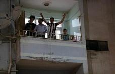 Elazığ'da şampiyonluk kutlamaları balkonlardan yapıldı
