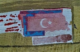 Kurutmalık domateslerle ay yıldızlı Türkiye haritası oluşturuldu