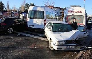 Elazığ'da zincirleme kaza, kazaları beraberinde...