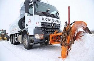 Elazığ'da kar nedeniyle kapanan 148 köy yolu...