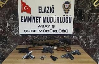Elazığ'da şok ve asayiş uygulamalarında yakalanan...