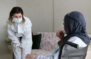Pandemiye rağmen, evde sağlık hizmeti kesintiye...