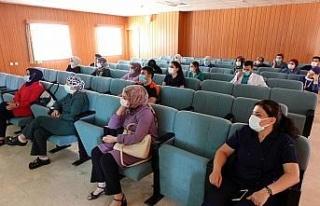 """FÜ'de yoğum bakım personeline """"Hastane Enfeksiyonlarının..."""