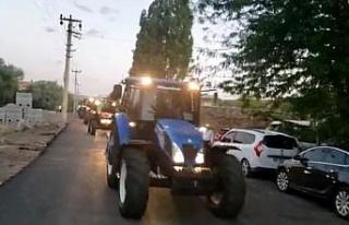 Damat çiftçi olunca düğün konvoyunu traktörler...