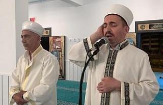 Elazığ'da bin 11 camide eş zamanlı olarak sela...