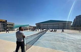 Tenis hakemlerine eğitimleri Elazığ'da veriliyor