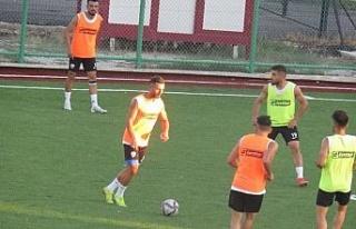Elazığ Karakoçan FK çift kale çalıştı