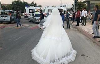 Gelin düğünü bıraktı, trafik kazasında yaralanan...