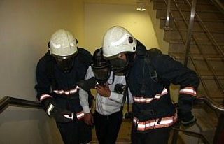 Hastanede gerçeği aratmayan yangın ve deprem tatbikatı