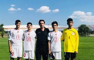 Elazığ'dan 6 futbolcu 15 yaş altı milli takım...