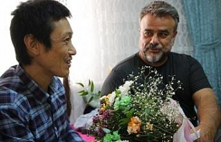 Ünlü sanatçı Bülent Serttaş, Elazığlı ailenin...