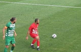 Elazığ Karakoçan son dakika golüyle puanı kaptı