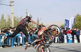 Elazığ'da 'Modifiyeli Araç ve Motosiklet Festivali'...