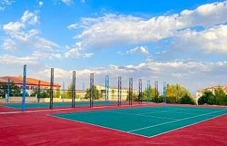 Elazığ'da tenis kortu inşa çalışmaları devam...