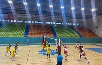 Voleybol 2. Lig: Elazığ Aksaray Gençlik: 0 - Gaziantep Gençlik: 3
