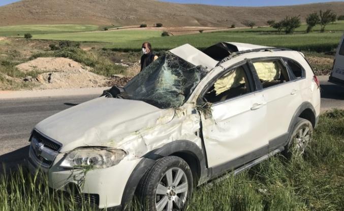 Elazığ'da cip takla attı, 1'i ağır 3 yaralı