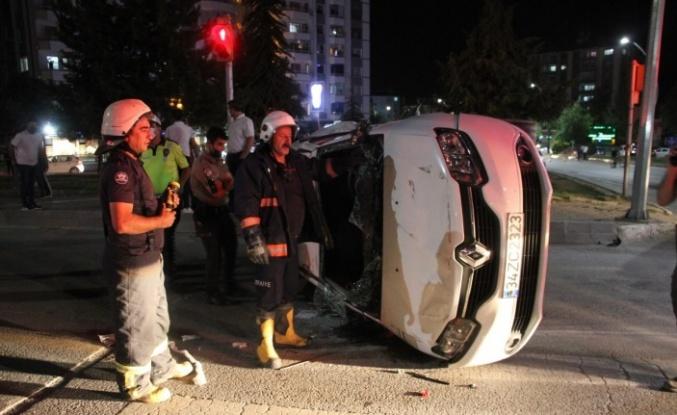 16 yaşındaki sürücü kaza yaptı, kaçarken yakalandı